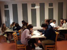 Grupo de Fe y Vida - Actividad compartida entre los colegiales del CM Alcalá y el CM Mara - Colegio Mayor en Madrid