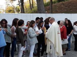 Una misa organizada por el CMU Mara y el CMU Aquinas en cuyo Colegio Mayor tuvo lugar la cita - El coro fue a cargo del CMU Vedruna - Colegio Mayor Mara - Colegio Mayor en Madrid
